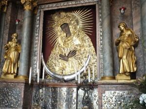 4 pav. Aušros vartų Dievo Motinos paveikslas