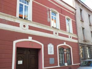 12 pav. Šiame name (Šv. Jono g. 4) veikė Juozapo Zavadskio spaustuvė